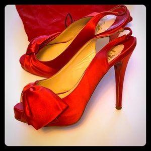 ❤️ Red Satin Bow Louboutin Stilettos